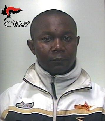 Pozzallo, ghanese arriva con un catamarano da Malta e con documenti falsi: arrestato