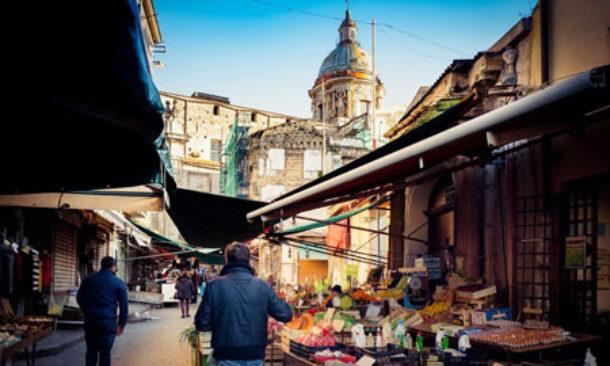 Palermo, il Consiglio approva la variante per la copertura di parte del mercato di Ballarò