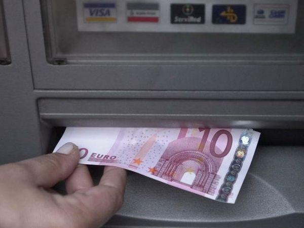 Assaltavano i Bancomat, sei persone arrestate a Bologna