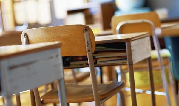Maltrattava i suoi alunni, interdetta maestra nel Cosentino