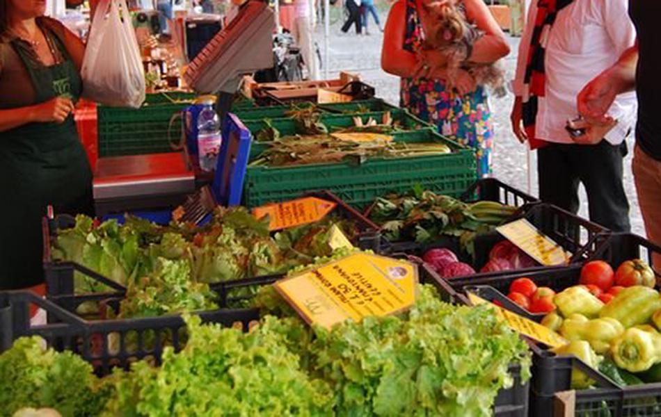 Siracusa, da mercoledì riaprono i mercati per gli alimentari e quello del contadino