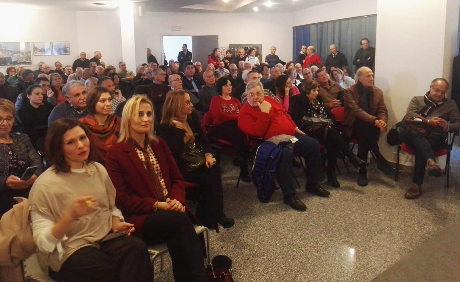 Comiso, monta la protesta degli azionisti della Banca Agricola di Ragusa