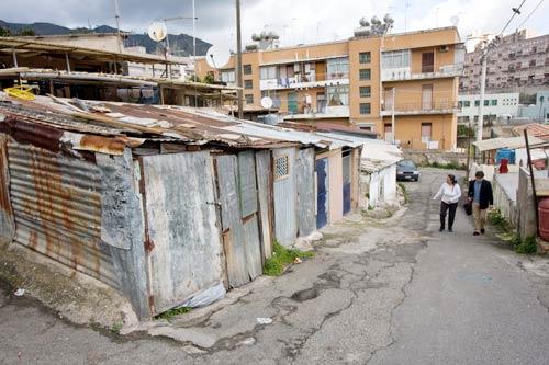 Carfagna: stop alla Baraccopoli di Messina 100 milioni per la bonifica delle aree