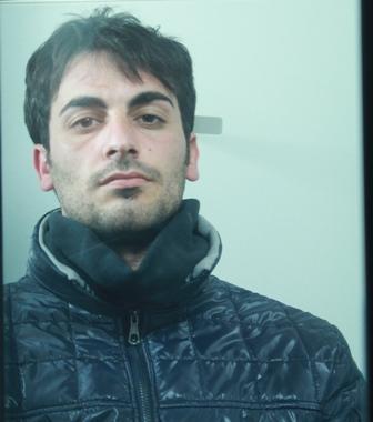 Catania, viola i domiciliari: arrestato