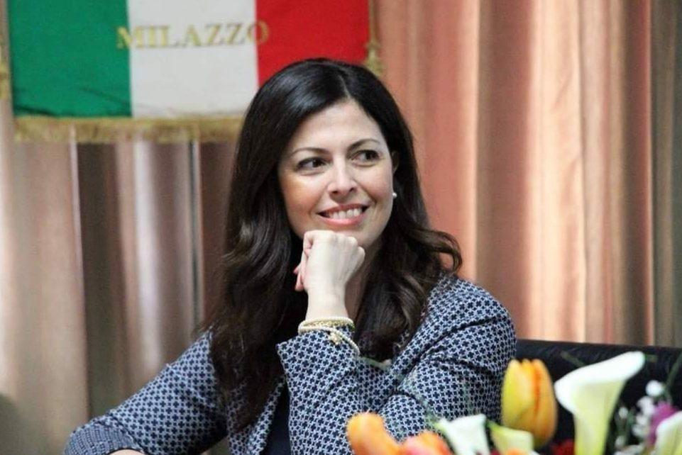 """La sottosegretaria Barbara Floridia: """"Lo Stato sostiene chi denuncia il racket"""""""