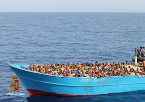 Migranti, le foto dei soccorritori incastrano gli scafisti a Pozzallo