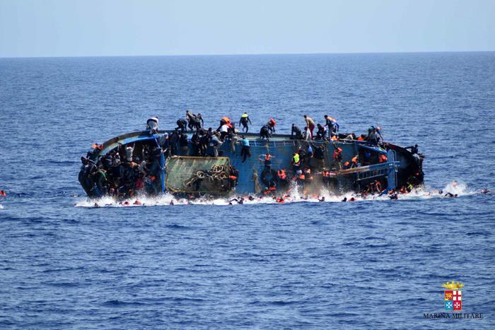 L' Unhcr dà notizia che un barcone con 50 migranti è affondato in Libia