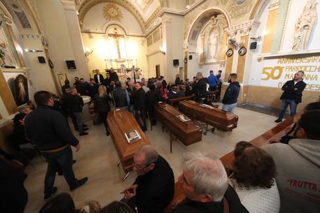 Lutto cittadino a Palermo per le nove vittime di Casteldaccia: domani i funerali in cattedrale