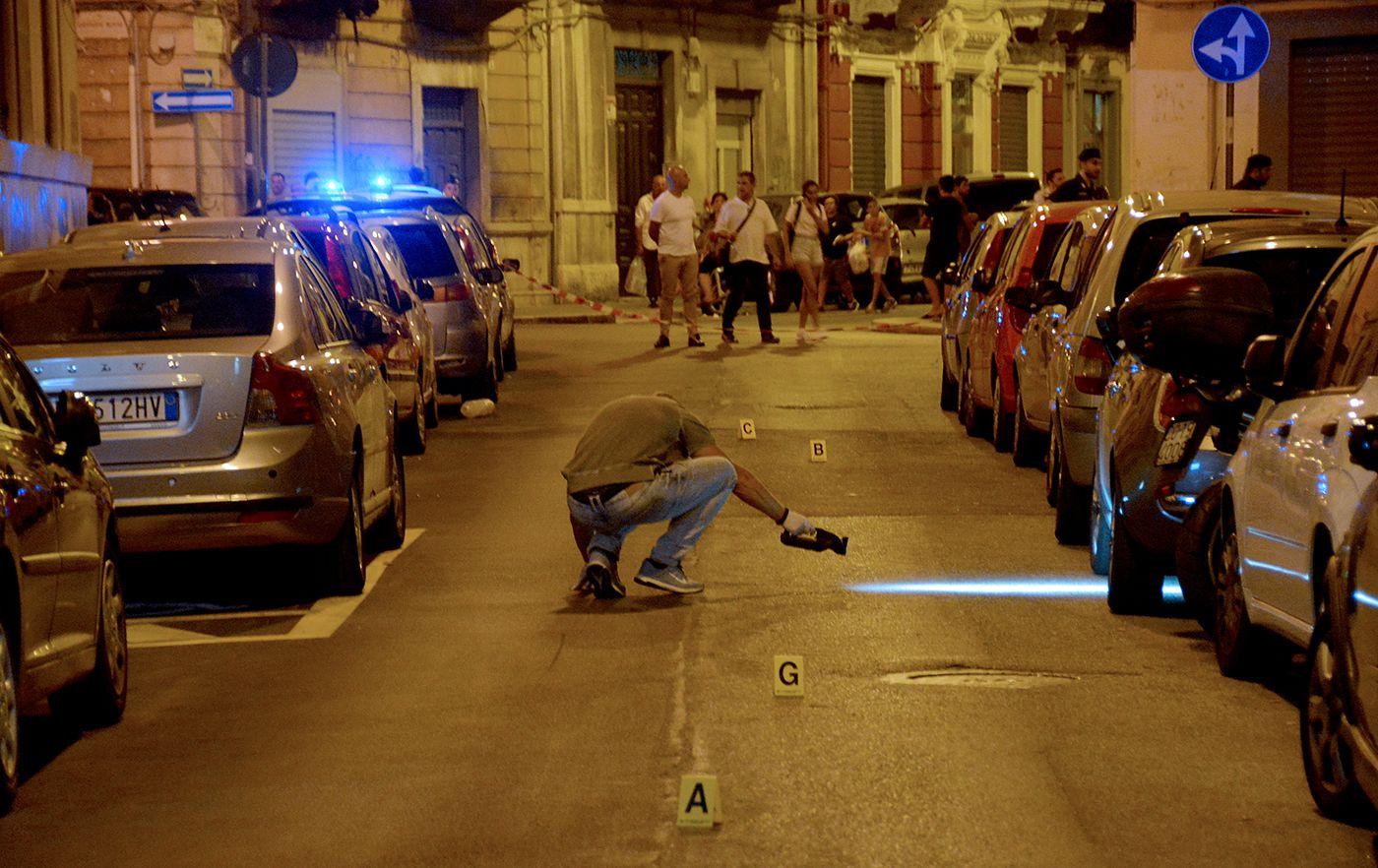 Bari: ferisce l'ex compagno con un colpo di pistola, si è costituita