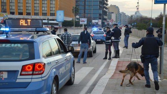 Droga dall'Olanda a Bari: 5 arresti della polizia