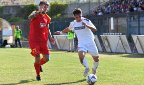 Troppo forte il Bari per il Messina: giallorossi sconfitti per 2 - 0