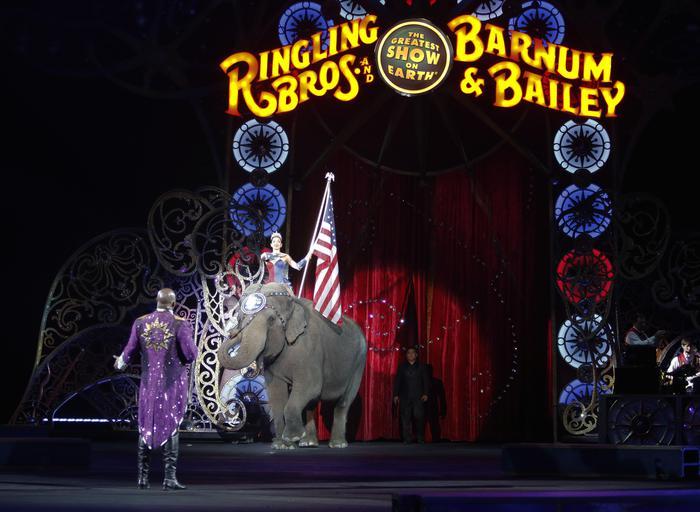 Chiude dopo 146 anni il Circo di Barnum: poco pubblico e costi alti di gestione