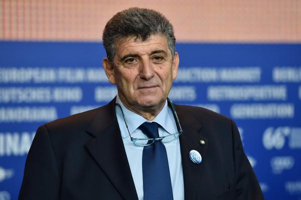 Riconoscimento al medico di Lampedusa Pietro Bartolo