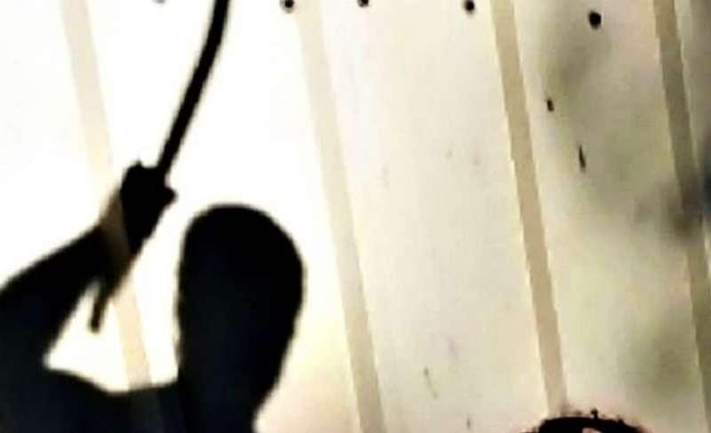 Calci, pugni e bastonate alla zia per l'eredità: 51enne arrestato a Priolo