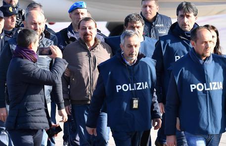 Battisti in carcere a Oristano, sei mesi in isolamento