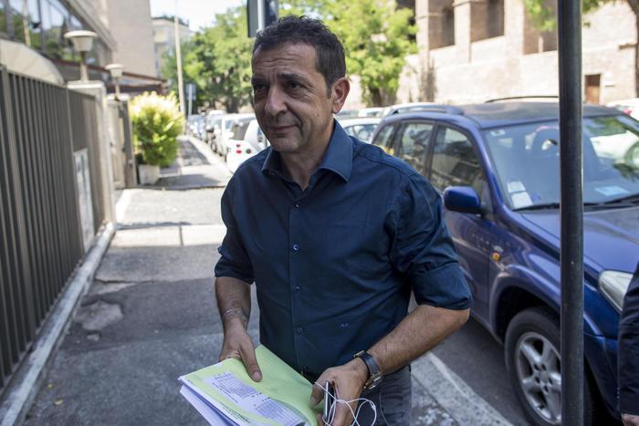 Windjet, bancarotta: arrestato Pulvirenti ex patron del Catania