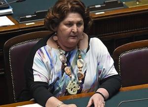 La vice ministra sui Call Center: premio a chi resta nel territorio