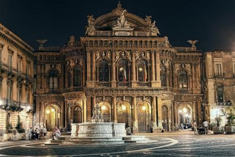 Catania, i precari del teatro Massimo Bellini rischiano il lavoro a gennaio