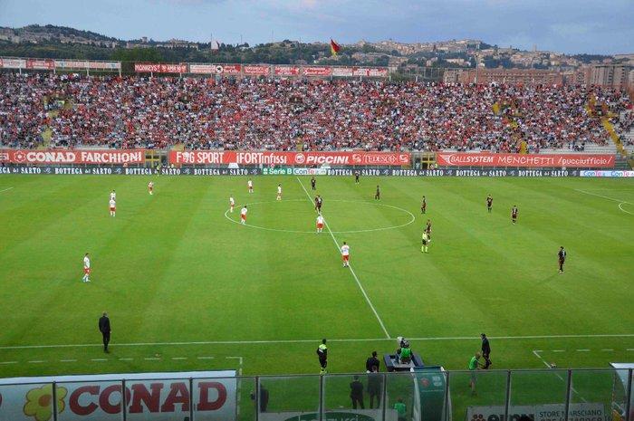 Maxi schermo domani in piazza a Benevento per la partita contro il Carpi