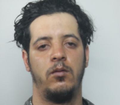 Siracusa, lo sorprende nel sonno per rapinarlo: marocchino preso a Cassibile