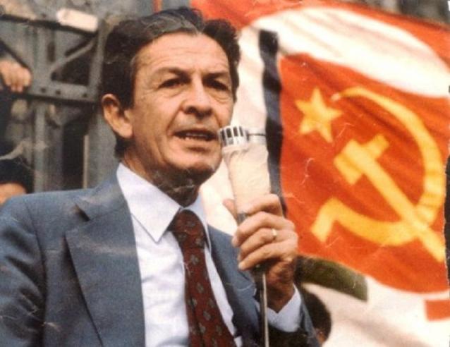 Trentacinque anni fa moriva Enrico Berlinguer: 2 milioni di persone ai suoi funerali