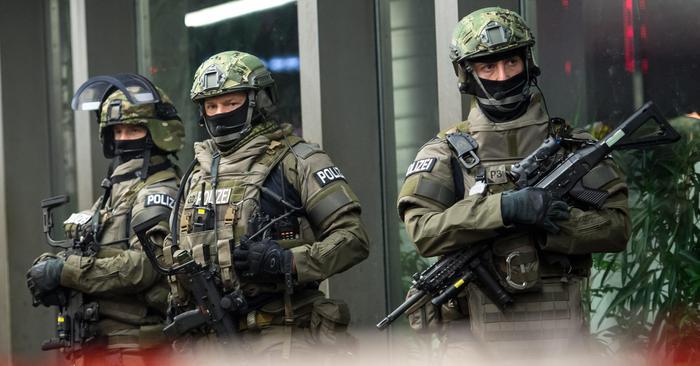 Capodanno a Berlino, l'emergenza terrorismo fa saltare la festa