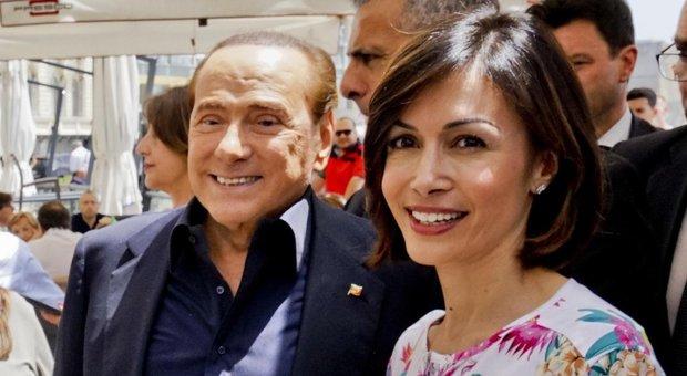 Europee, depositata la lista di Forza Italia: Berlusconi numero 1 nelle Isole