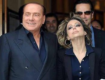 """Berlusconi, la figlia gli ordina """"cautela"""": rischia di saltare il comizio a Palermo"""