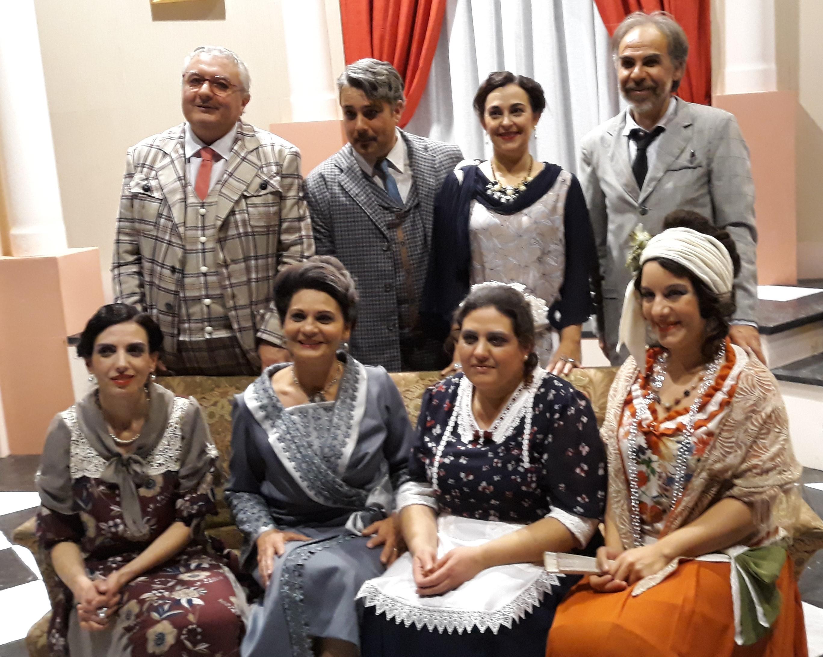 """Modica, """"A birritta cu'i ciancianeddi"""" consacra la Compagnia del Piccolo Teatro"""