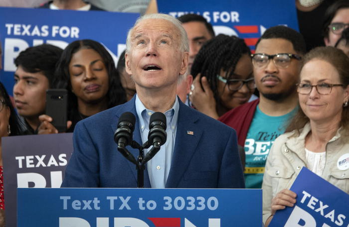 Usa 2020,  Joe Biden vince le primarie in sette Stati: a sorpresa in Virginia