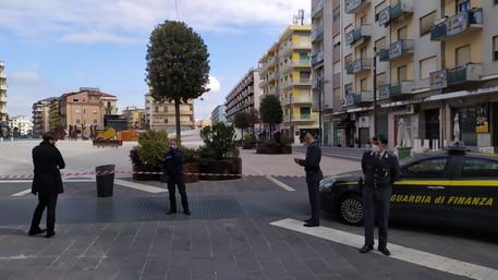 Piazza sequestrata a Cosenza, chiuse le indagini per 13 indagati