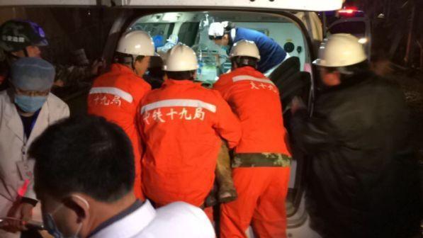Auto investe bimbi vicino a una scuola in Cina: almeno 5 morti