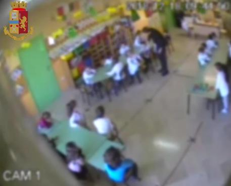 Bimbi d'asilo maltrattati nel Frusinate, sospese due maestre