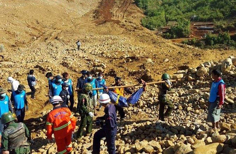 Frana in miniera di giada a Myanmar: almeno 50 morti