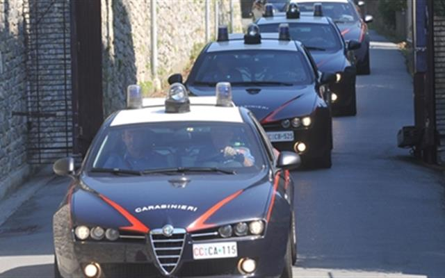 Camorra: blitz nel Salernitano, trentatrè misure cautelari