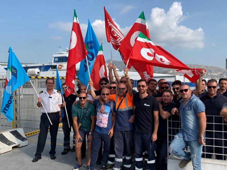Messina, in sciopero i marittimi della  Blu Jet