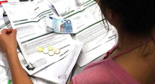 Tariffe: Adusbef, stangata in arrivo di 952 euro a famiglia