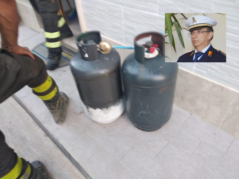 Avola, taglia il tubo del gas per uccidersi: salvata da un vigile urbano