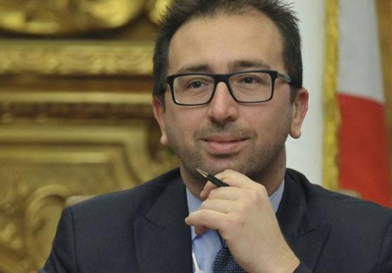 """Carceri, Bonafede firma il protocollo """"Mi riscatto per Palermo"""""""