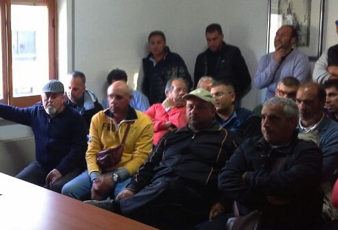 Ragusa, i lavoratori del Consorzio di bonifica in assemblea permanente
