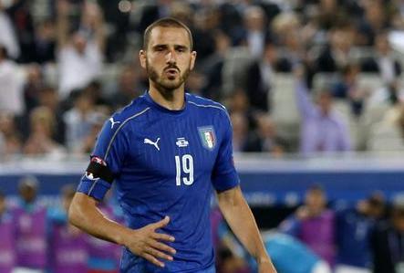 Febbrile attesa a Palermo per la nazionale, il ct recupera Bonucci contro l'Albania