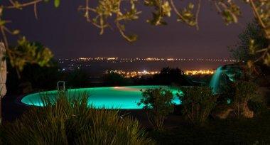 Vacanze 2020, la Sicilia tra le mete preferite dagli italiani: preferite piscine e wi-fi