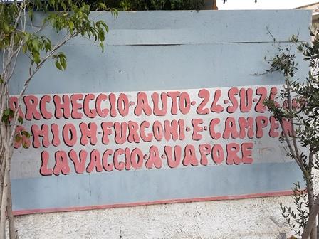 Abusivismo e lavoro nero, sequestrato autolavaggio a Catania