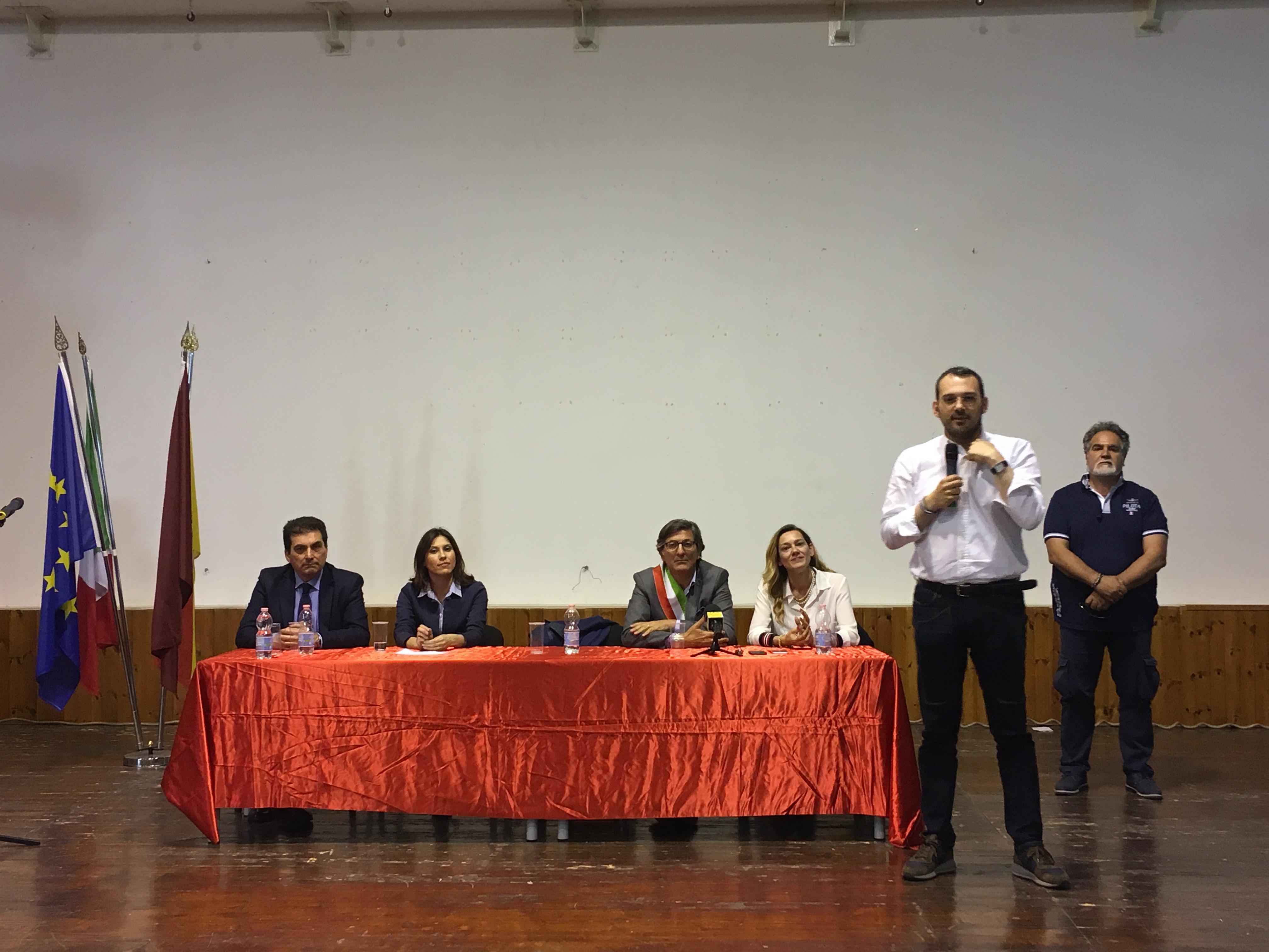 Paolo Borrometi a Rosolini fa lezione di legalità all'Auditorium