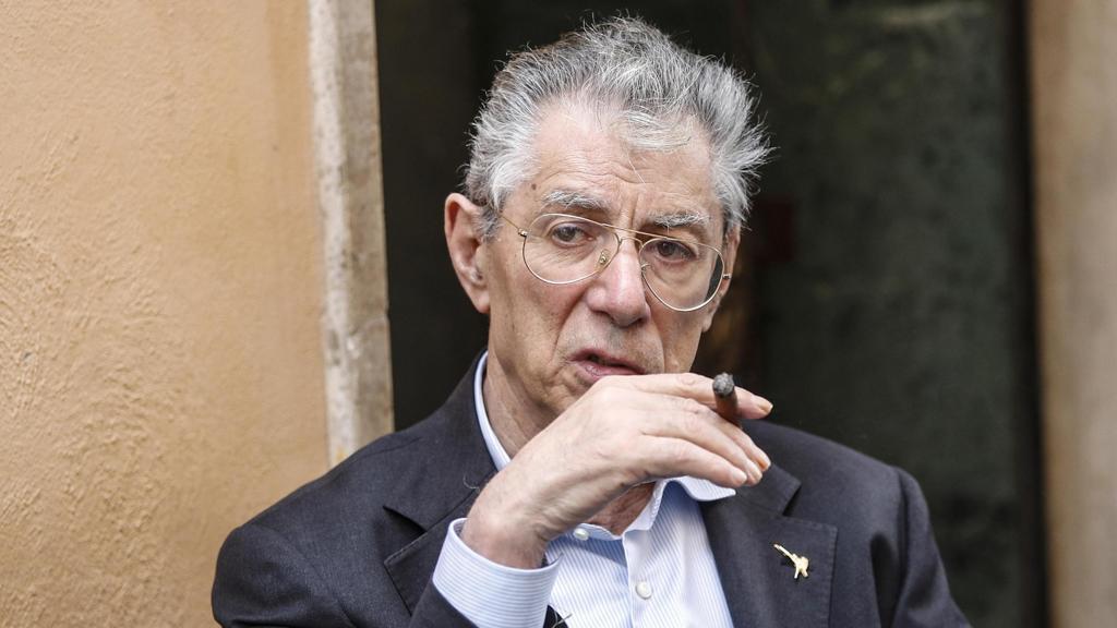 Bossi colto da malore: è in terapia intensiva a Varese