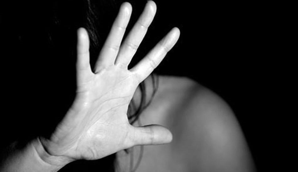 Bracciante geloso picchia la convivente, arrestato a Chiaramonte Gulfi