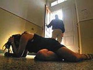 Ragusa, dà una testata alla fidanzata dopo una lite: giovane arrestato
