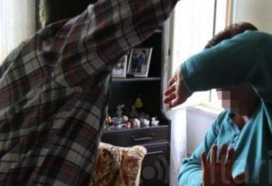 Favara, picchia la madre per farsi dare il denaro: arrestato