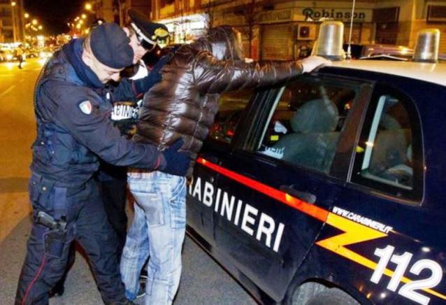 Bovalino, aggredisce il fratello e lo ferisce gravemente: arrestato