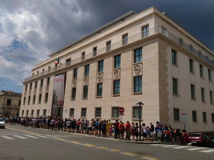 Boom di presenze a Reggio Calabria per vedere gratis i Bronzi, quasi in tremila